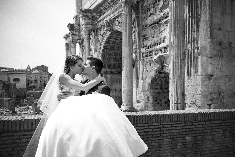 nf-Fotografo-Matrimonio-Roma-CE-foto-matrimonio-al-Foro-Romano--4