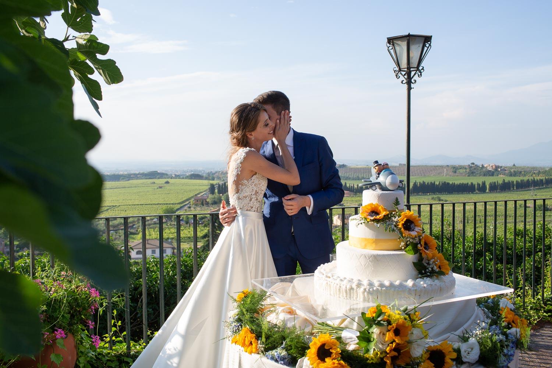 nf-Fotografo-Matrimonio-Roma-CE-taglio-della-torta