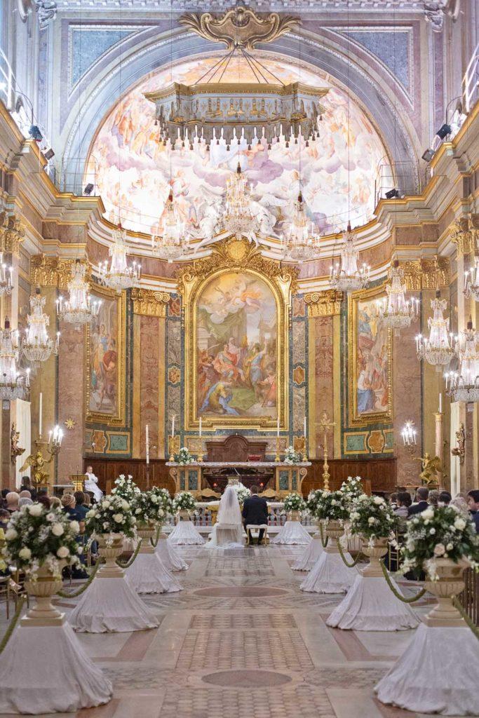 nf-Chiesa-per-matrimonio-Roma-Chiesa-dei-Lampadari