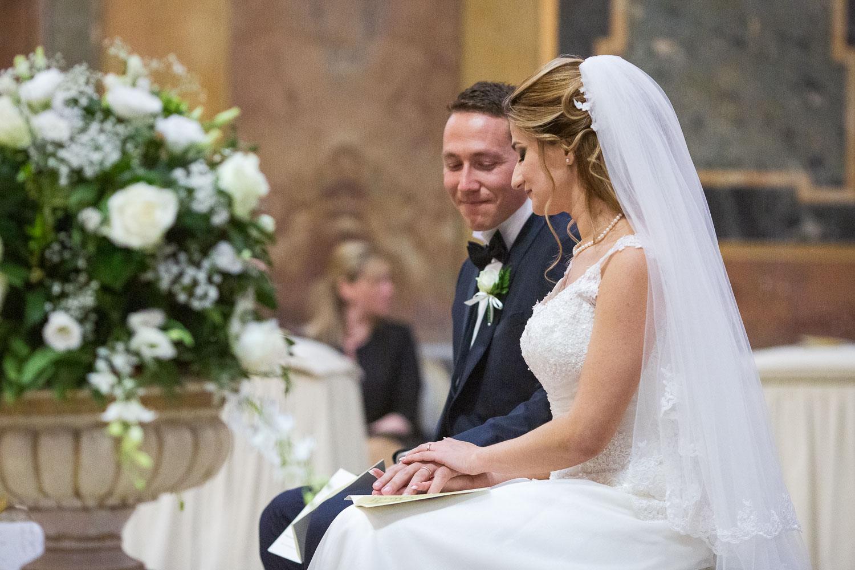 nf-Fotografo-Matrimonio-Roma-TR-sposi-chiesa-dei-lampadari