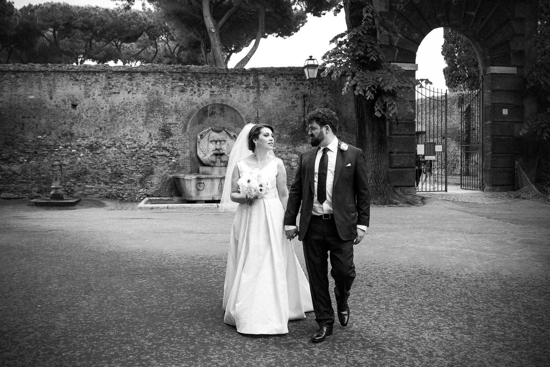nf-Fotografo-Matrimonio-Roma-RL-Matrimonio-elegante-13-sposi-al-giardino-degli-aranci